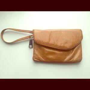 Hobo clutch caramel brown/light cognac
